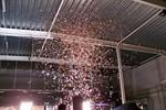 wyrzutania konfetti